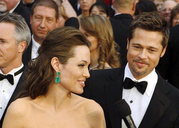 Brad Pitt sigue llorando por su divorcio de Angelina Jolie