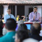 Maduro decretó el 17 de mayo como Día Nacional de la Poesía