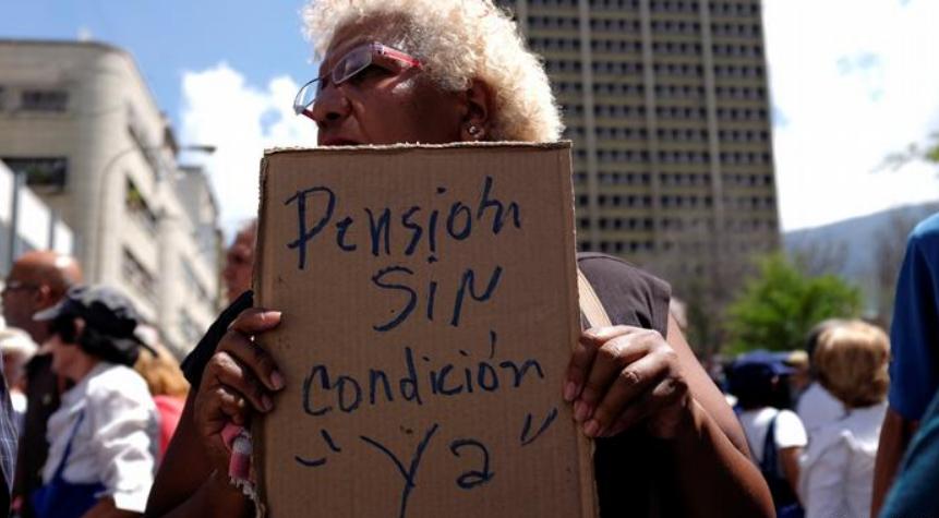Jubilados y pensionados exigen mejoras económicas