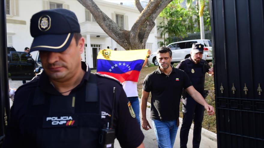 3 trabajadores de la embajada española en Caracas están incomunicados denunció la diputada Delsa Solórzano