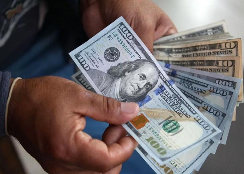Según Bloomberg en el país podría surgir un plan de dolarización