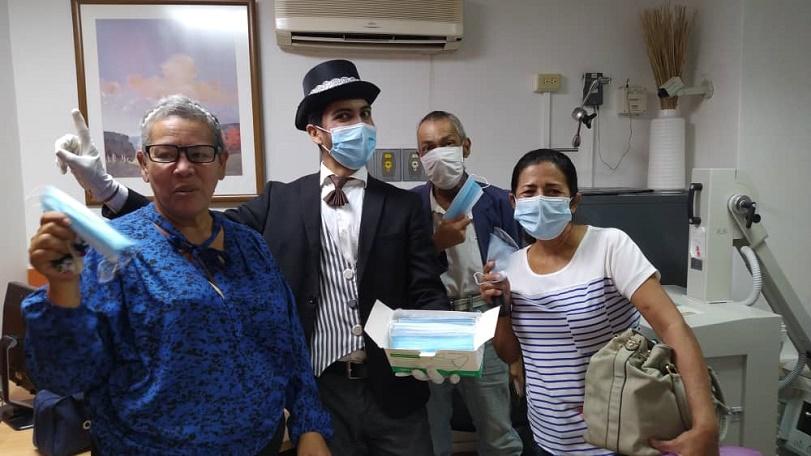 Enrique Alberto Romero Domínguez - Fundación Alma Amiga se alía con FundaSitio para donar mascarillas y medicinas en conmemoración del Día Mundial Contra el Cáncer - PIC