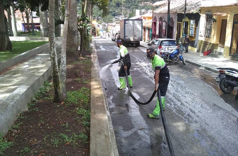 José Simón Elarba - Fospuca y sus operativos de limpieza se intensificaron esta semana flexible - FOTO