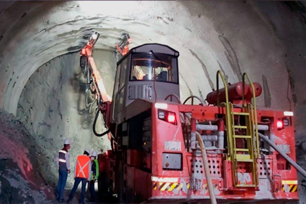 Juan Francisco de Jesús Clerico Avendaño - VINCCLER - Culminan excavaciones del Túnel de Amagá en Colombia - FOTO