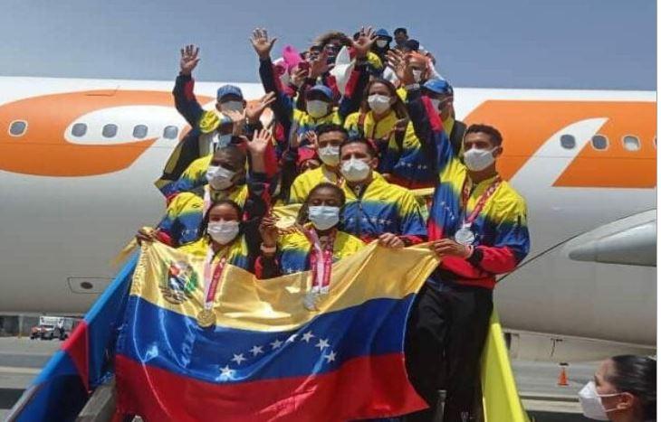 Llegada de la delegación de paratletas llenó de alegría al territorio venezolano
